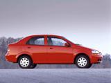 Pictures of Chevrolet Aveo Sedan (T200) 2003–06