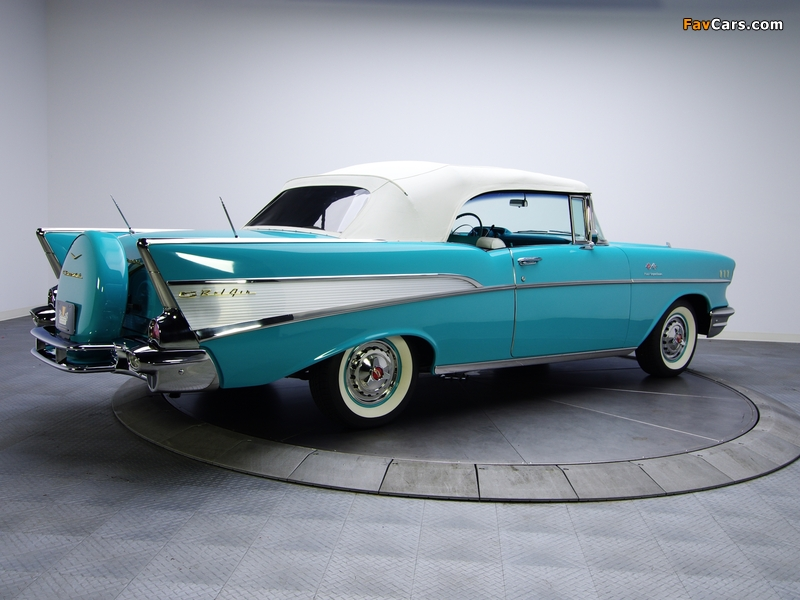 Images of Chevrolet Bel Air Convertible Fuel Injection (2434-1067D) 1957 (800 x 600)