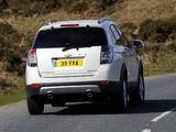 Images of Chevrolet Captiva UK-spec 2011