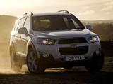 Photos of Chevrolet Captiva UK-spec 2011