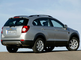 Pictures of Chevrolet Captiva 2006–11