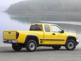 Images of Chevrolet Colorado Extended Cab 2004–11