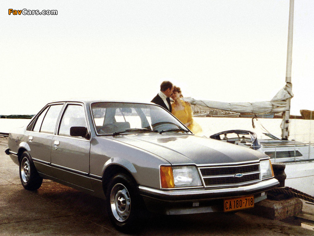 Chevrolet Commodore 1979–82 wallpapers (640 x 480)