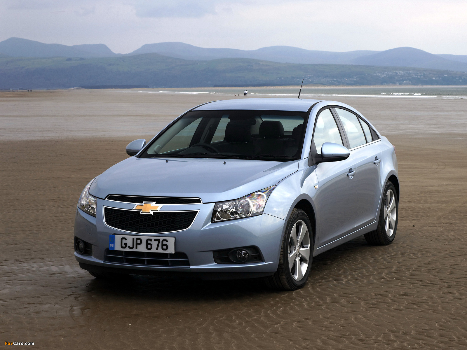 Chevrolet Cruze Uk Spec J300 2009 12 Pictures 1600x1200