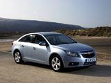 Chevrolet Cruze UK-spec (J300) 2009–12 pictures