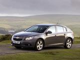 Chevrolet Cruze Hatchback UK-spec (J300) 2011–12 images