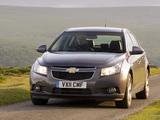 Chevrolet Cruze Hatchback UK-spec (J300) 2011–12 photos