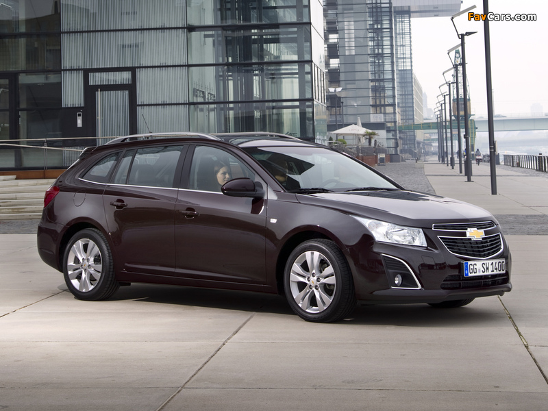 Images of Chevrolet Cruze Station Wagon (J300) 2012 (800 x 600)