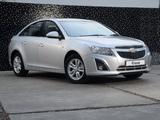 Pictures of Chevrolet Cruze ZA-spec (J300) 2012