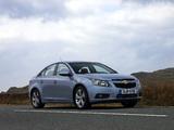 Chevrolet Cruze UK-spec (J300) 2009–12 wallpapers