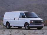 Photos of Chevrolet Express Cargo Van 1996–2002