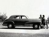 Images of Chevrolet Special DeLuxe Fleetline Sportmaster (BH) 1942