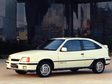 Chevrolet Kadett GS 3-door 1989–91 photos