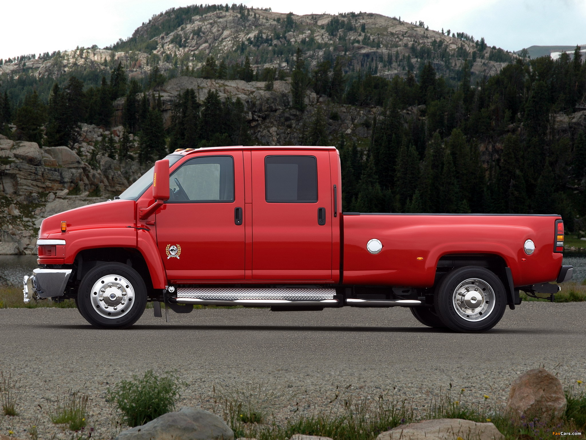 Images of Chevrolet Kodiak C4500 Crew Cab Pickup 2006–09 ...