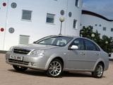 Chevrolet Lacetti Sedan CDX UK-spec 2004 images
