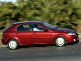 Chevrolet Lacetti Hatchback 2004–12 images