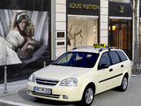 Images of Chevrolet Lacetti Wagon Taxi 2004–11