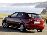 Pictures of Chevrolet Lacetti Hatchback 2004–12
