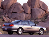 Chevrolet Malibu 2000–04 images