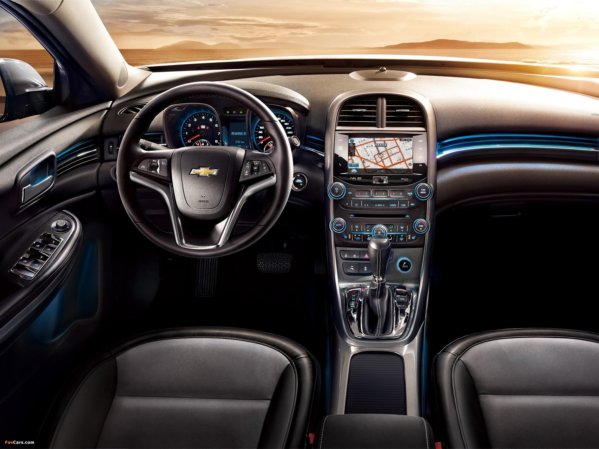 Images of Chevrolet Malibu LTZ CN-spec 2011 (2048 x 1536)