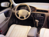 Pictures of Chevrolet Malibu 2000–04