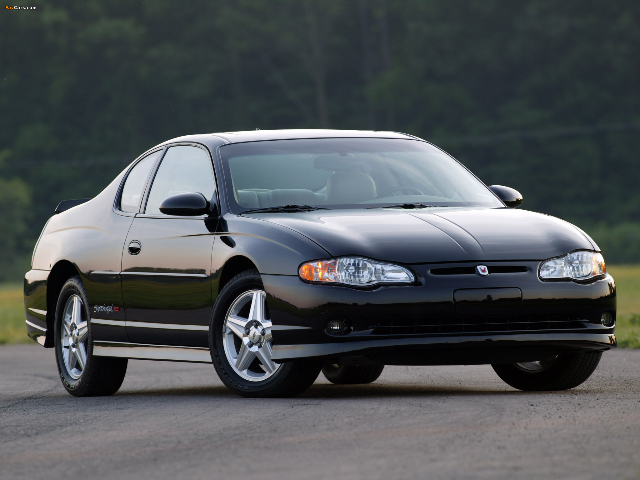 Chevrolet Monte Carlo Supercharged SS 2004–05 pictures (2048 x 1536)