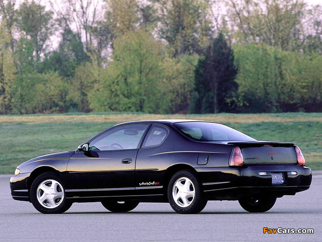 Chevrolet Monte Carlo SS 2000–05 wallpapers (640 x 480)