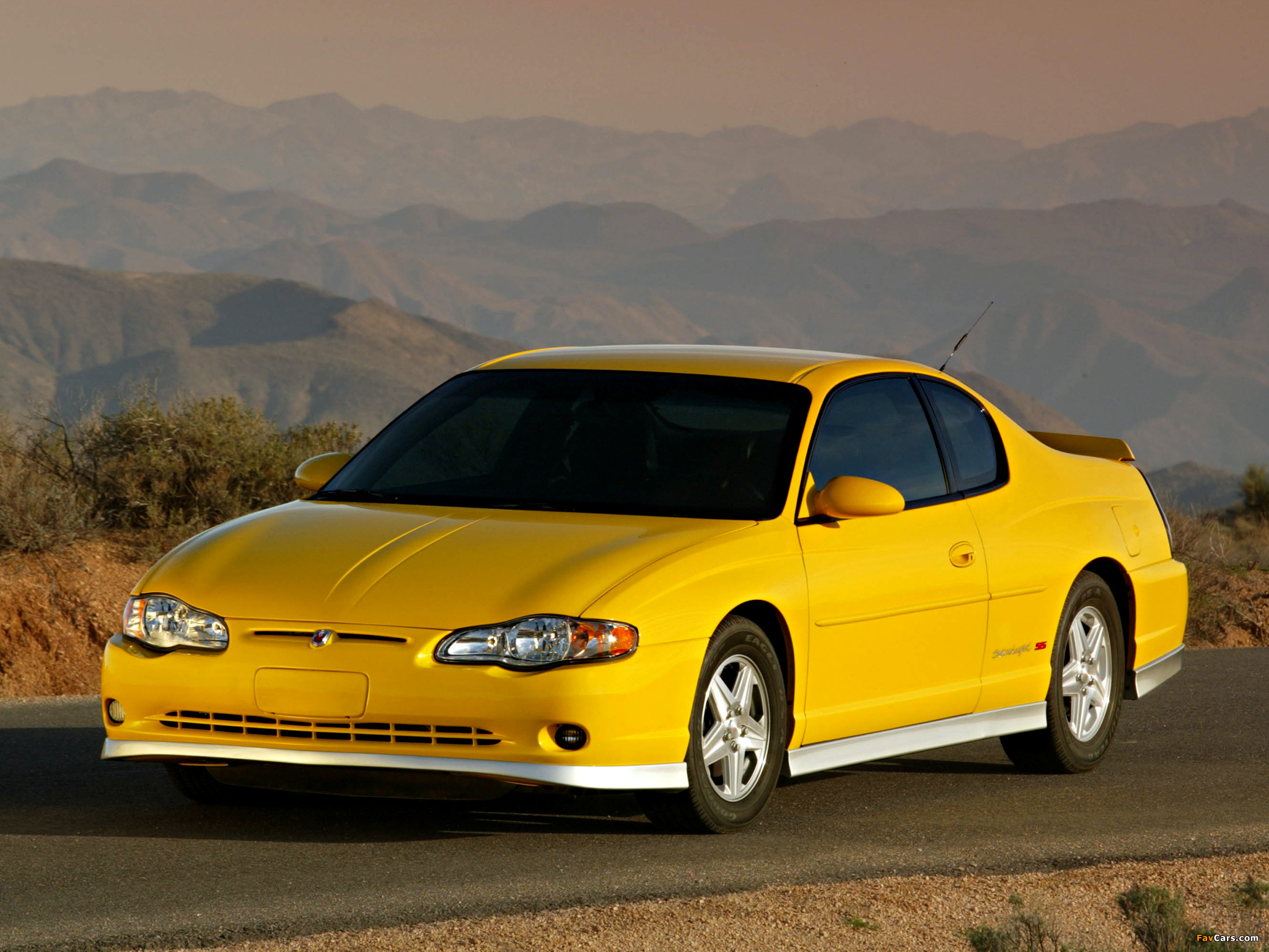 Photos of Chevrolet Monte Carlo Supercharged SS 2004–05 (2048 x 1536)