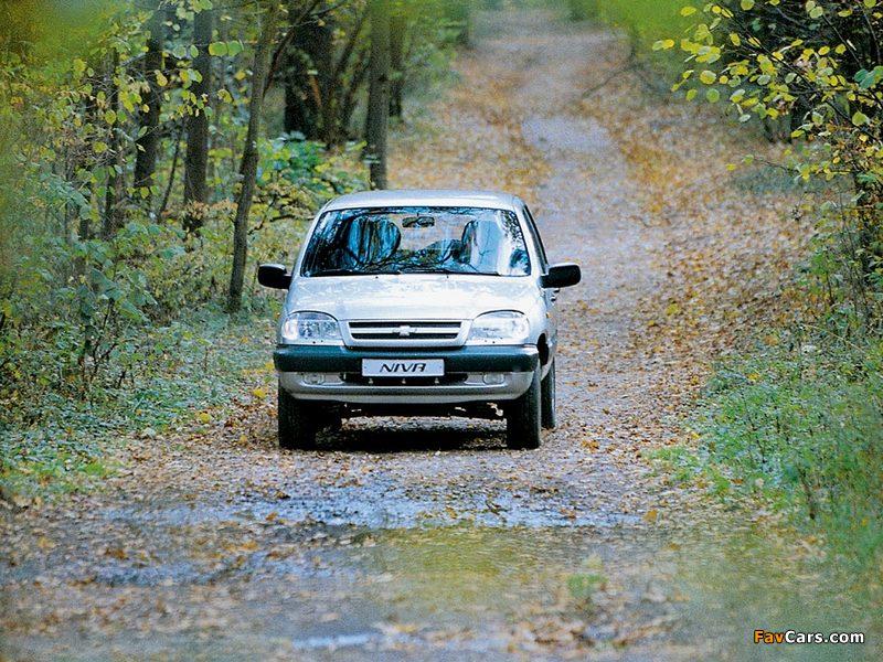 Chevrolet Niva 2002–09 pictures (800 x 600)