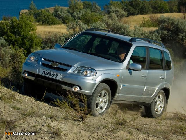 Chevrolet Niva 2009 pictures (640 x 480)
