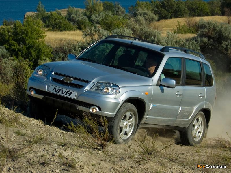 Chevrolet Niva 2009 pictures (800 x 600)