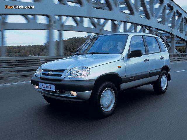 Chevrolet Niva 2002–09 wallpapers (640 x 480)