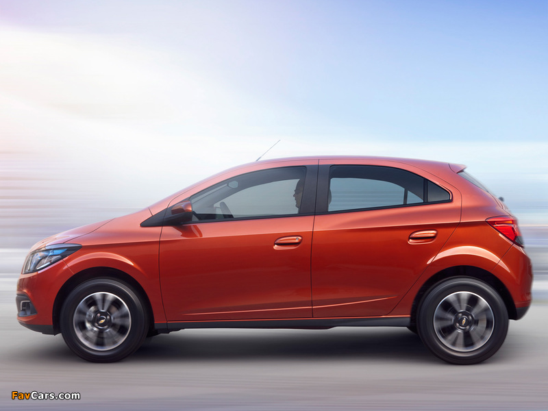 Images of Chevrolet Onix 2012 (800 x 600)