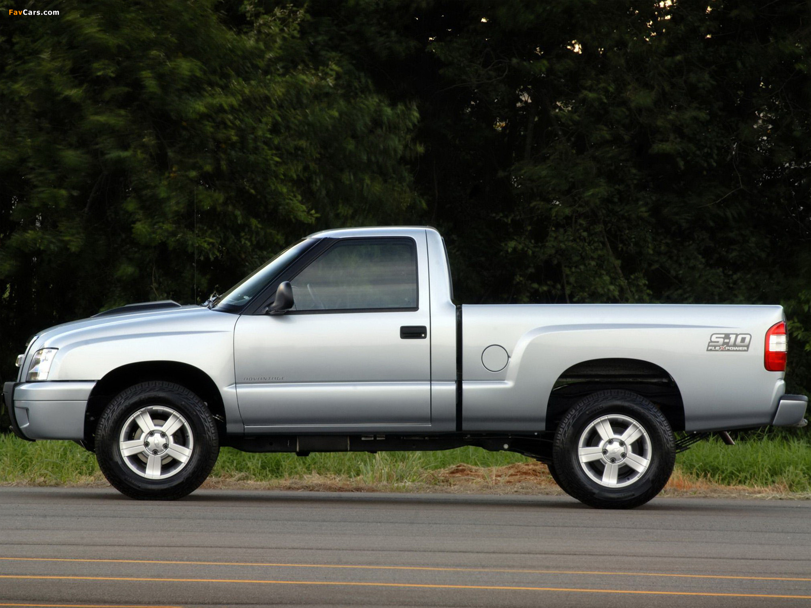 Images of Chevrolet S-10 Regular Cab BR-spec 2008–12 ...