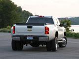 Chevrolet Silverado 3500 HD Crew Cab 2010–13 images