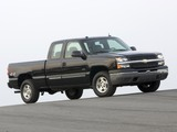 Photos of Chevrolet Silverado Hybrid Extended Cab 2004–07