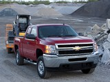 Photos of Chevrolet Silverado 2500 HD Extended Cab 2010