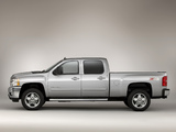 Photos of Chevrolet Silverado 2500 HD Z71 Crew Cab 2010–13