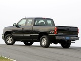 Pictures of Chevrolet Silverado Hybrid Extended Cab 2004–07