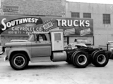 Images of Chevrolet Spartan Tractor 1961