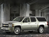 Images of Chevrolet Suburban HD Z71 (GMT900) 2007