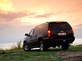 Images of Laura Chevrolet Suburban (GMT900) 2009