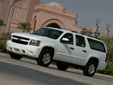 Photos of Chevrolet Suburban (GMT900) 2006