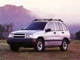 Chevrolet Tracker 1999–2004 images