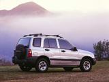 Chevrolet Tracker 1999–2004 photos