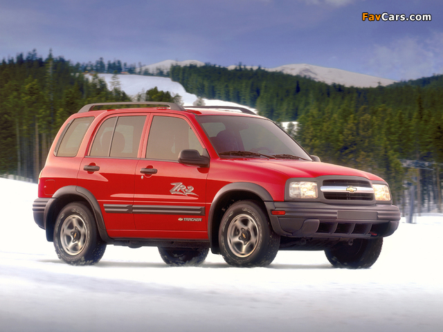 Chevrolet Tracker 1999–2004 photos (640 x 480)