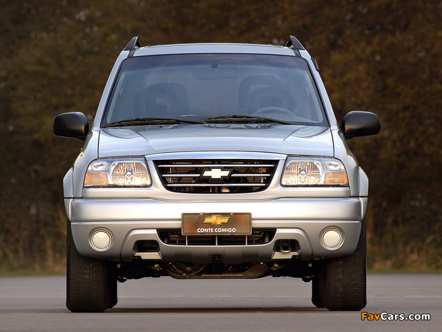 Chevrolet Tracker 2006 images (640 x 480)