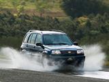 Chevrolet Tracker 2006 photos