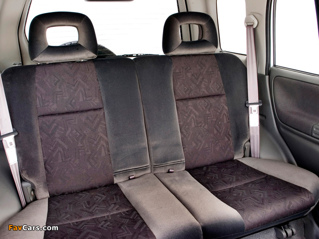 Images of Chevrolet Tracker 2006 (640 x 480)