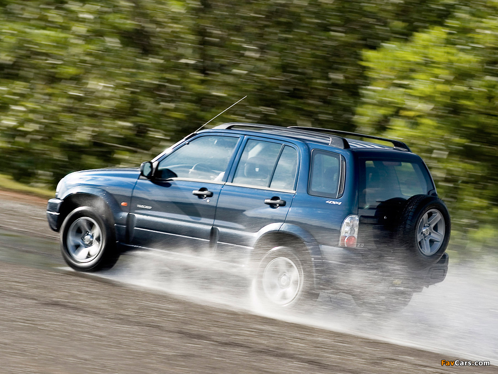 Images of Chevrolet Tracker 2006 (1024 x 768)